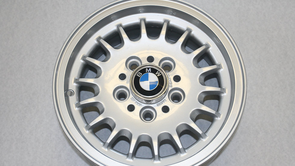 Fundo BMW e22 14 inch Wheels for model 528e, years 1984-1987