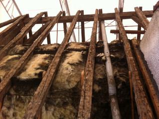 Commune de Saint Pierre d'Entremont (Savoie), Suite du chantier de rénovation de la toiture de L