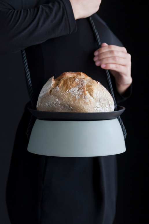 w_satomi_retainer_01_bread.jpg