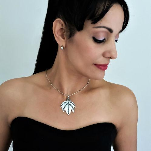 Silver Chain Choker Women Fashion Jewelry Front View