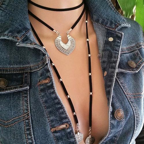 Vintage Ancient Heart Pendant Bohemian Suede Necklace