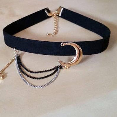 Crescent Moon Charm Pendant Choker Necklace for Women, Black Velvet Choker