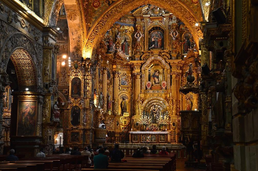 Inside the Compañía de Jesús Church, Quito