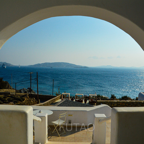 Mykonos & Delos: The Two Sides of Visiting Greece