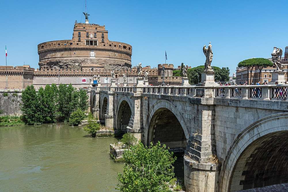 Castel Sant'Angelo and Ponte (bridge) Sant'Angelo, Rome, Italy