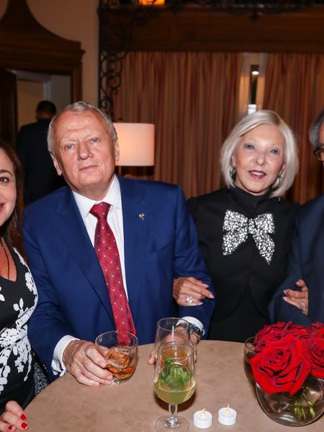 Suzanne Hollander, Gene Prescott, Jackie