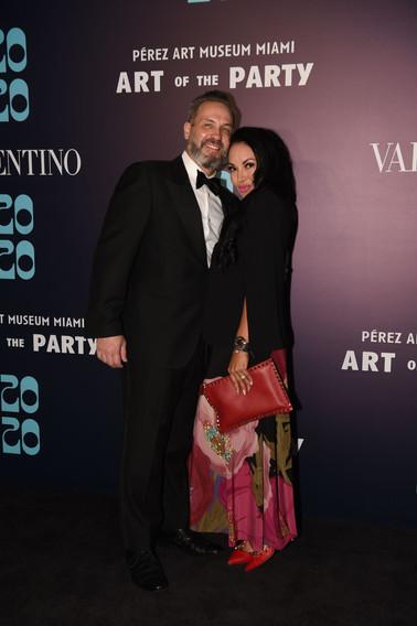 Luis Vucci & Dr. Viviana Vucci-Moreno (W