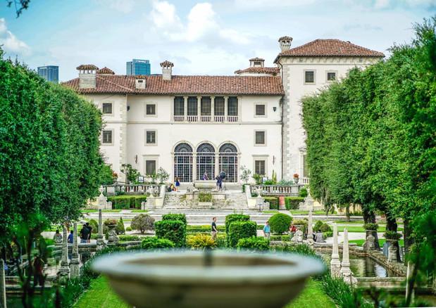 Vizcaya-Museum-Gardens-Miami-2.jpg