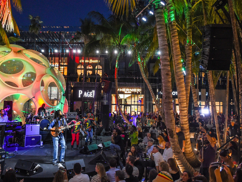 Live Music Performances  in The Magic City