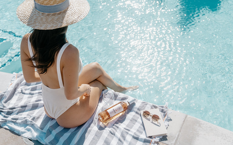 Best Pools in Miami for a Summer Hangout_edited_edited.jpg
