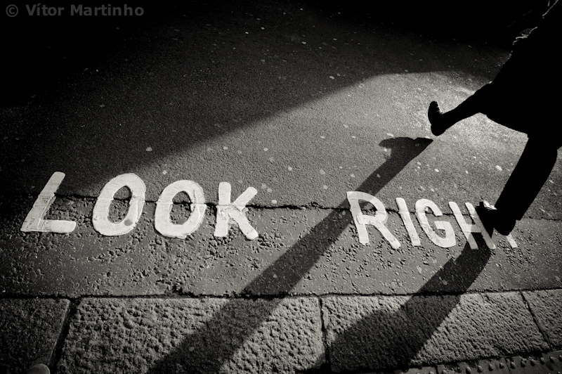 """Look right"""