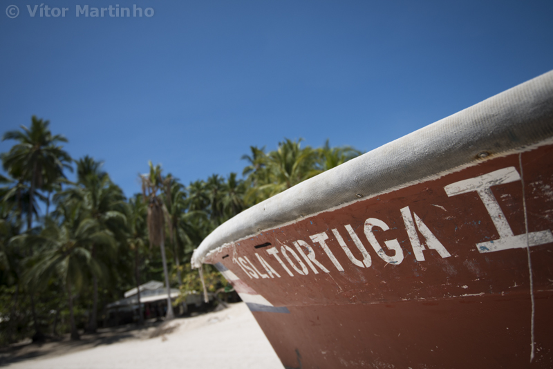 """Isla Tortuga boat"""