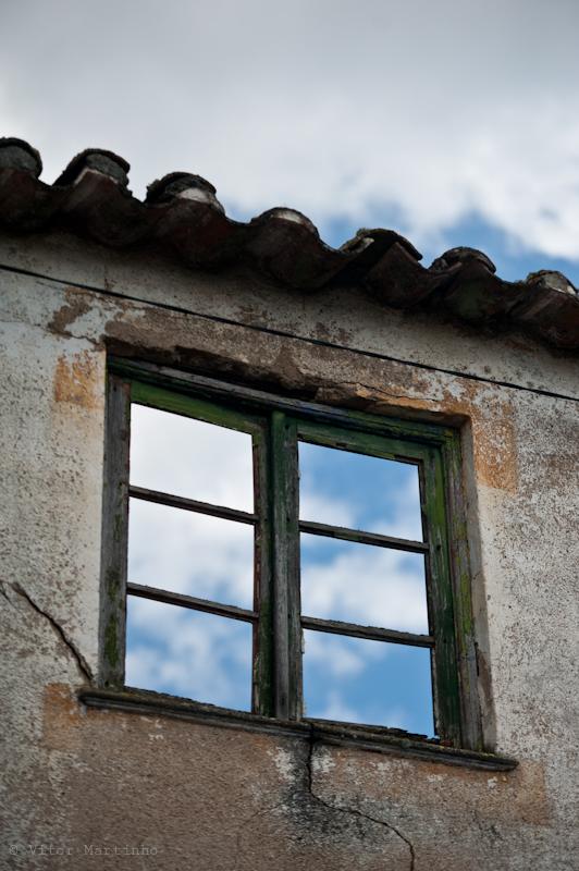 """Closed windows, Opened ceilings"""