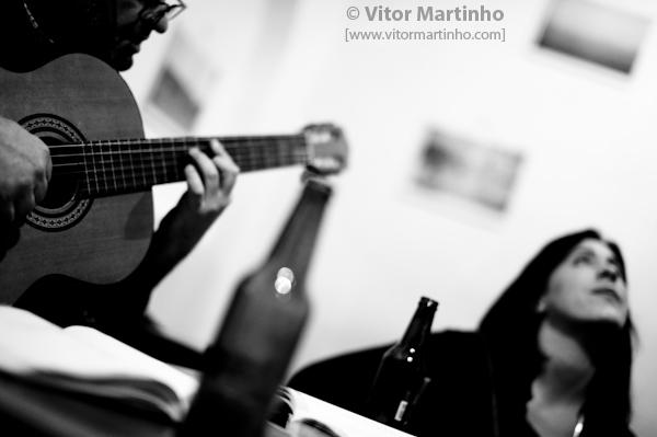 """""""Tejo Bar. Viajar através da música"""""""