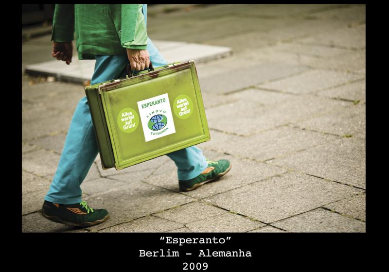 10 _ 1m X 0,7m _ Esperanto_lowres.jpg