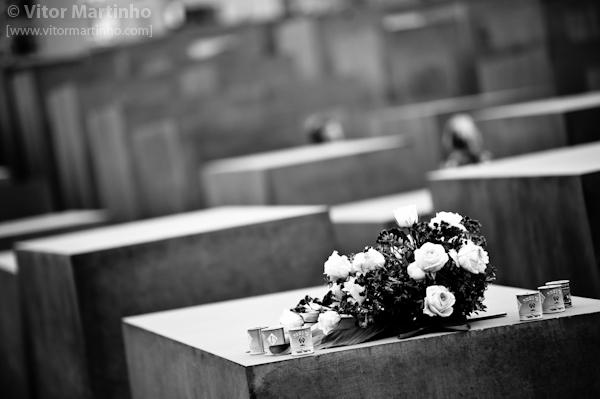 """""""Luto: Holocaust memorial"""""""