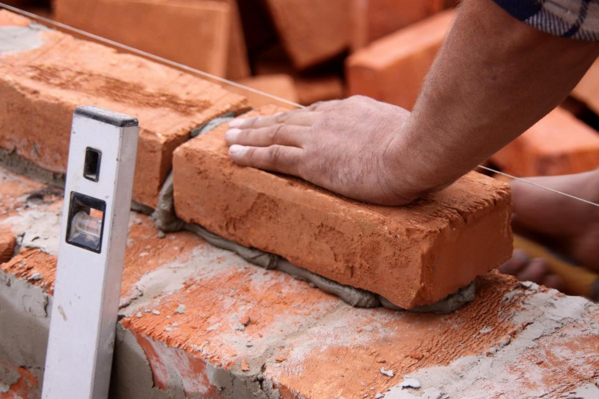Κατασκευές από μπετόν, πέτρα, τούβλο, πάνελ 3