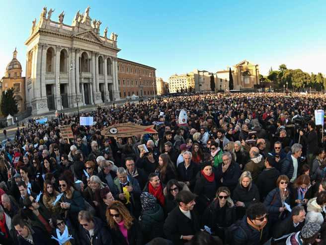 Sardine in piazza a Roma