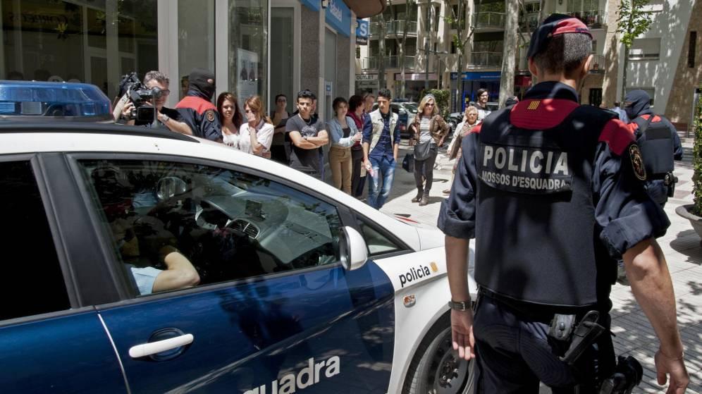 Tienda Gucci en Barcelona asaltada - Los Mossos investigan