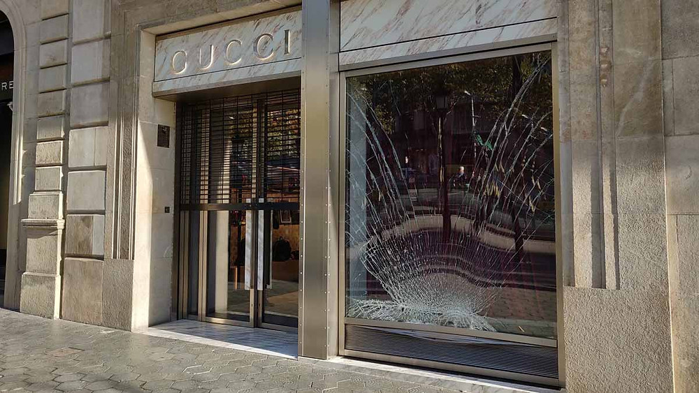 Furto negozio Gucci - Passeig de Gracia Barcelona