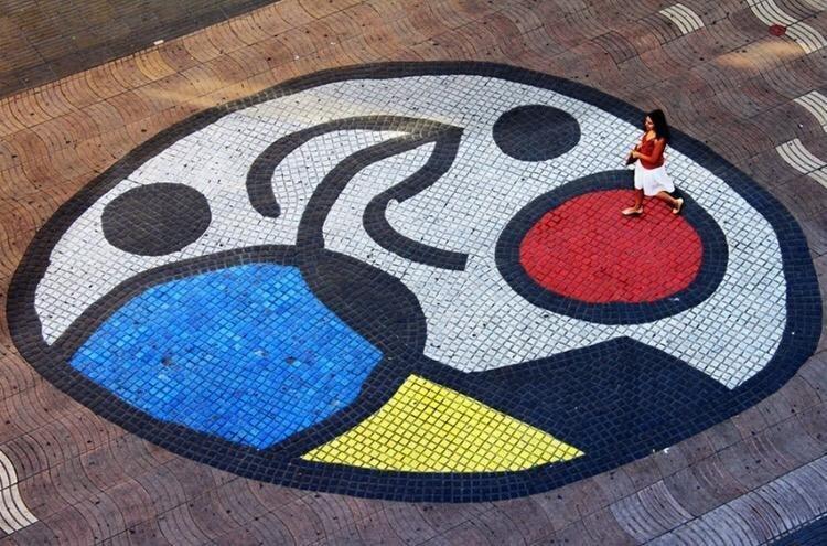 Mosaico Mirò nella Rambla a Barcellona