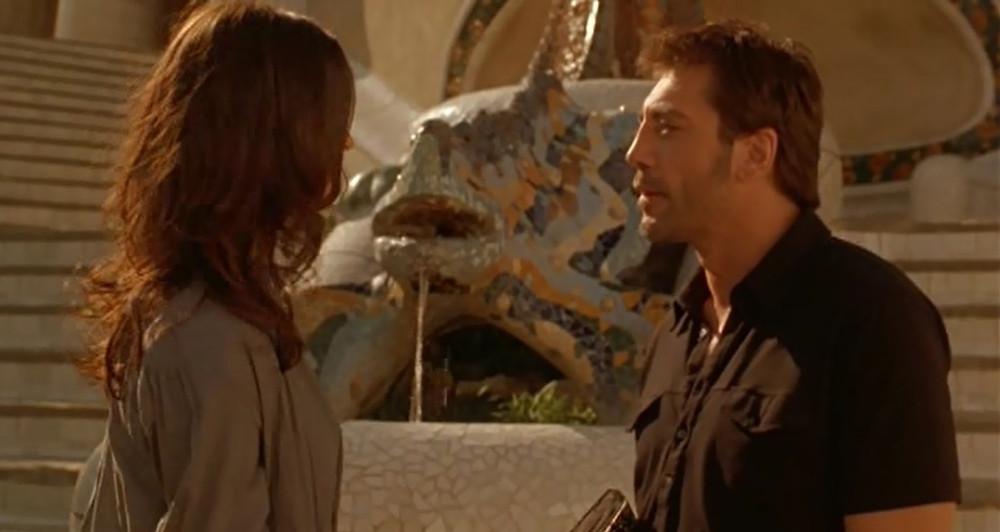 Javier Bardem e Rebecca Hall in Vicky Cristina Barcelona al Park Güell