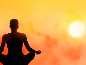 Corsi di yoga, mindfulness e allenamento per il benessere di tutti gli italiani a Barcellona