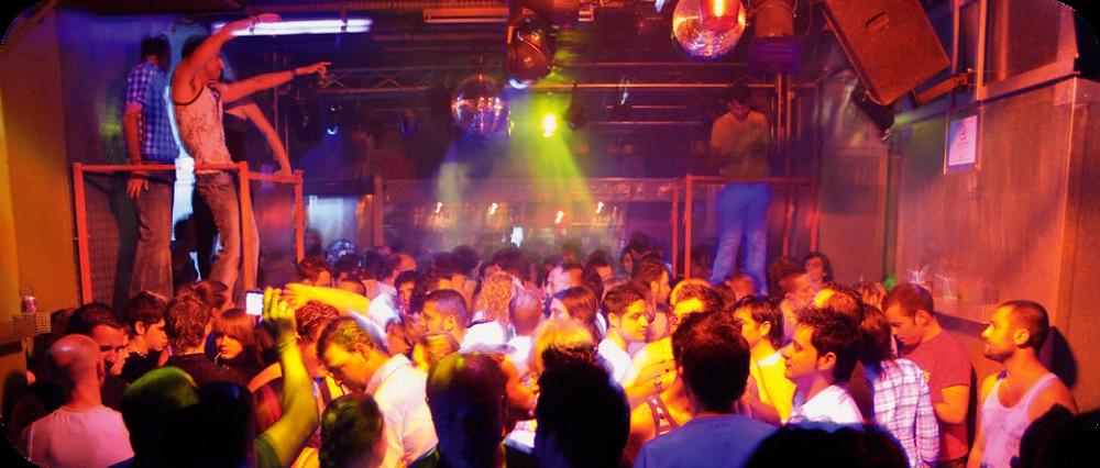Fiesta gay homosexuales en Barcelona - Italiani a Barcellona