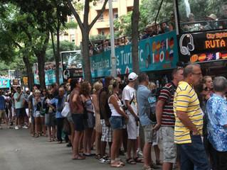 Il comune di Barcellona contro gli affitti turistici illegali