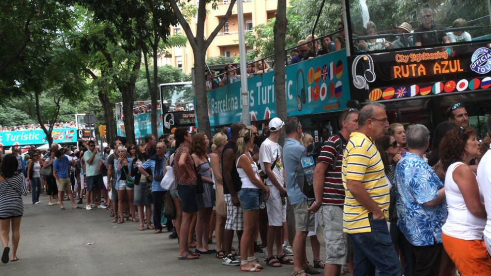 Turisti a Barcellona sulla Rambla - Italiani a Barcellona