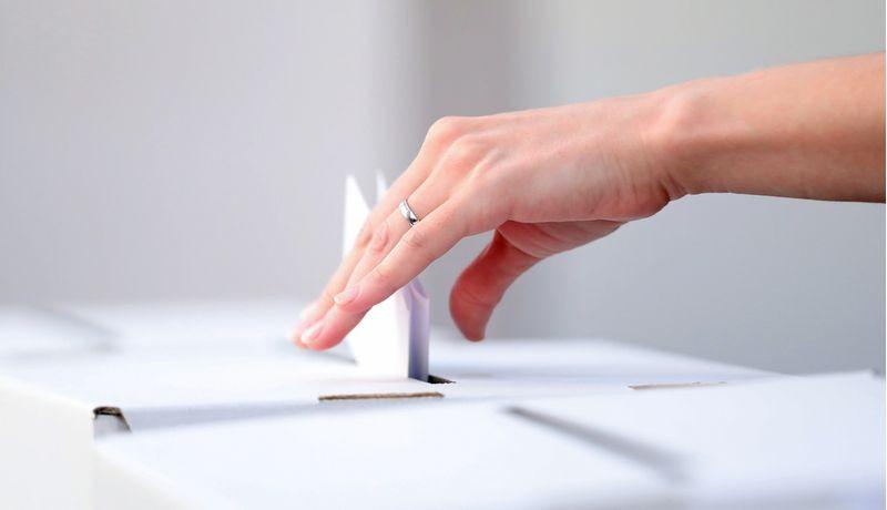 Diritto al voto italiani all'estero - Voto per gli stranieri - Italiani a Barcellona