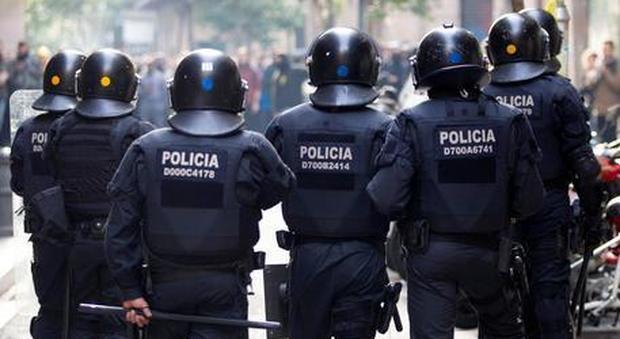 Mossos investigazione anti-terrorismo a Barcellona
