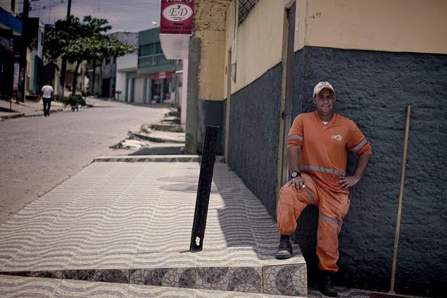 street worker brazil.jpg