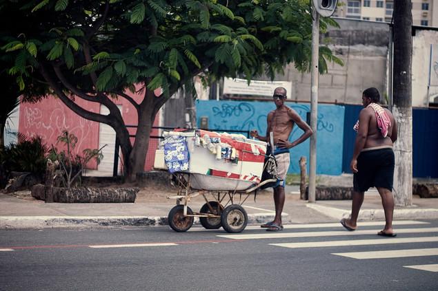 street vendor 3 brazil.jpg