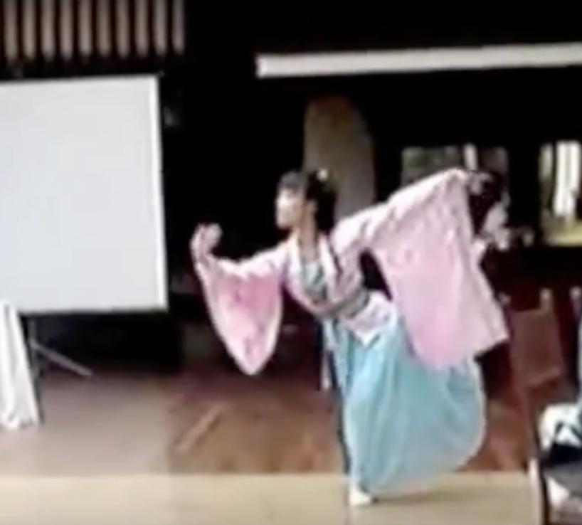 古典即兴舞表演