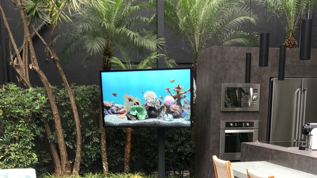 TV Séura Outdoor Ultra Bright 65""