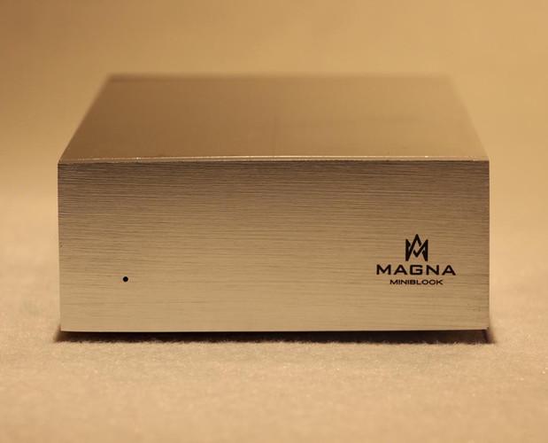 Magna MiniBlock Prata