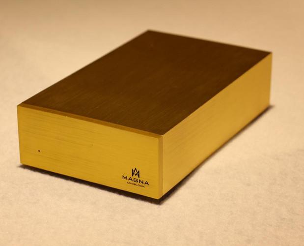 Magna MiniBlock Gold