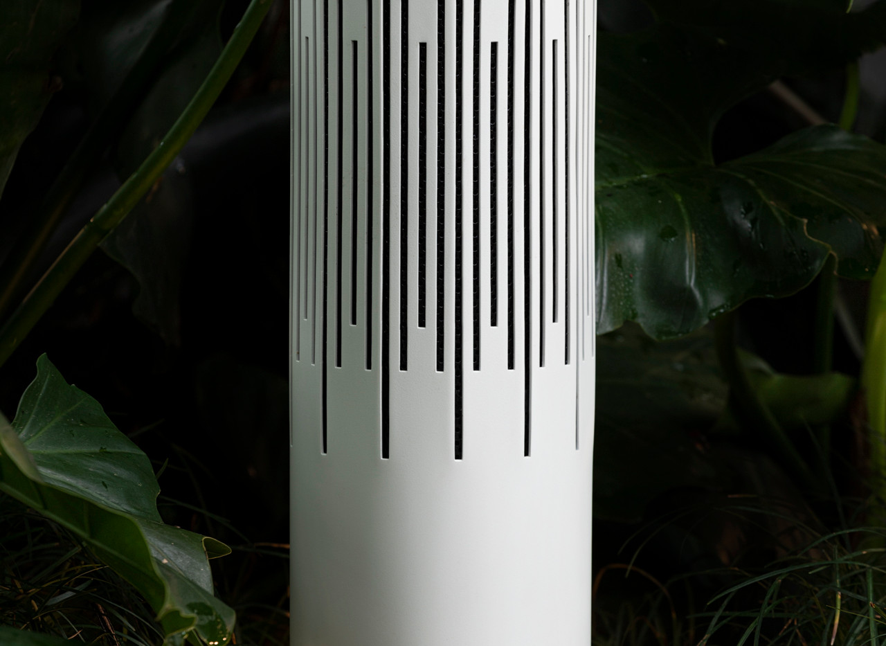 Polly Outdoor Speaker white 240 / 360