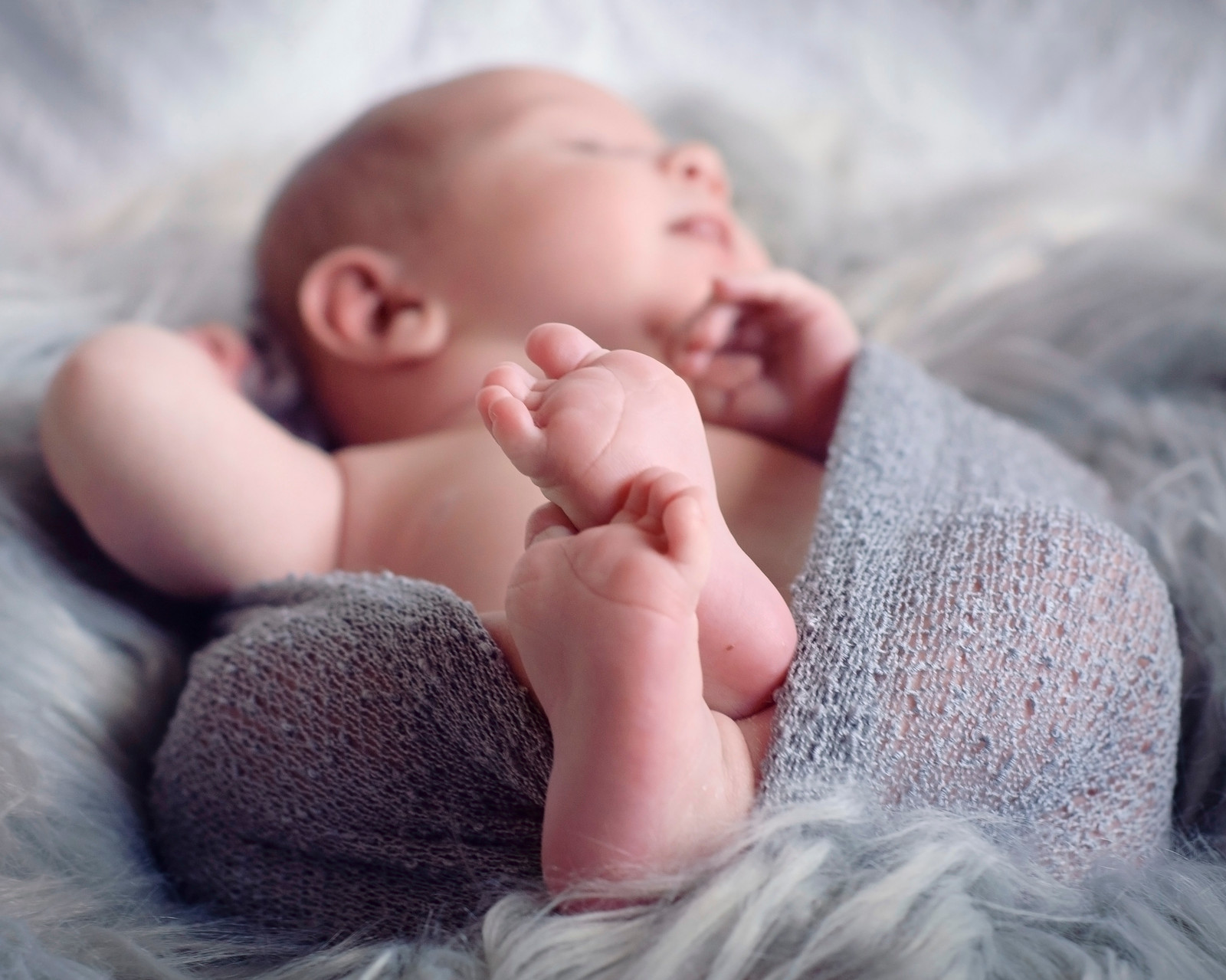 This darling newborn girl was photographed by chantel hunt yuba sutter photographer yuba city ca
