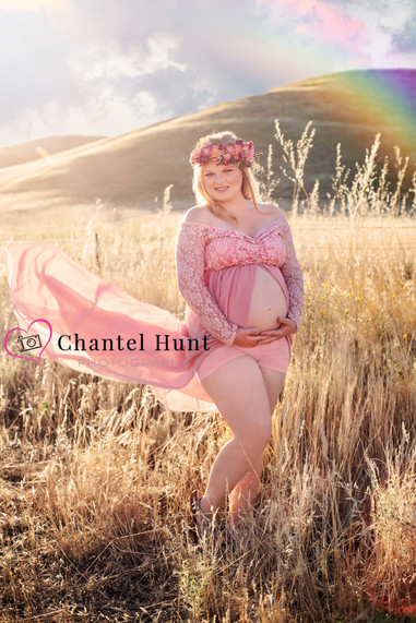 summer outdoor photo session rainbow baby