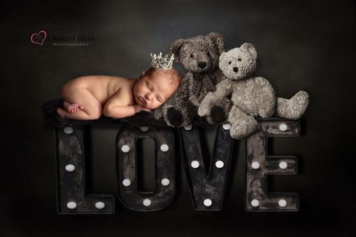 Newborn portrait photographer yuba city