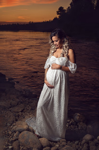 sunset maternity pictures near yuba city