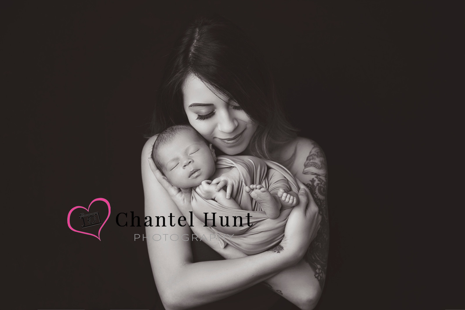 Newborn and mother photograph yuba city photographer