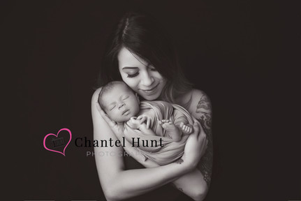 Newborn and Mother photograph - Yuba City Photographer