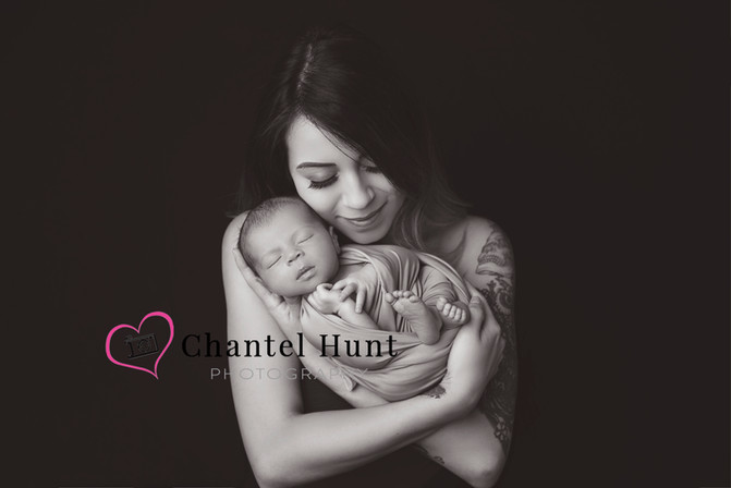 Newborn and Mother photograph - Yuba City Photographer