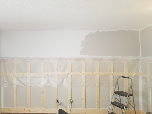 Marble Gray going on the walls.