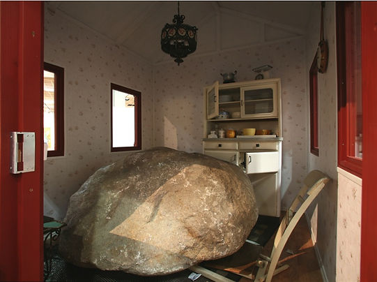 120 Nature Morte with Stone and House DE
