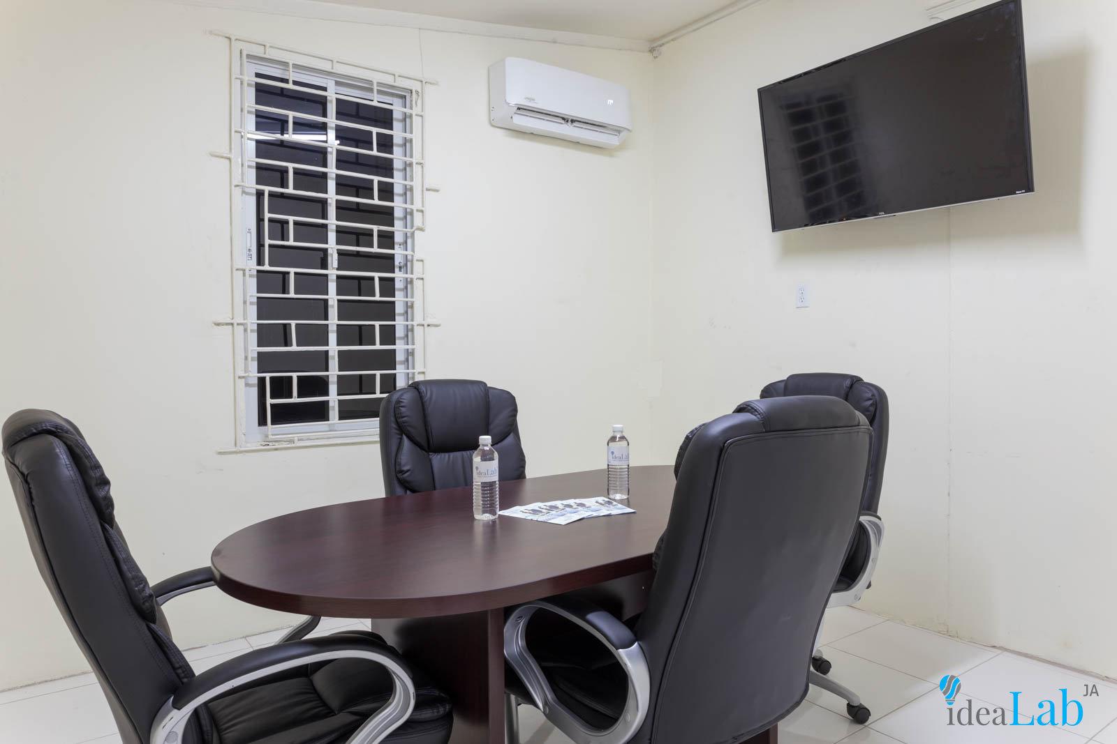 Meeting Room 1 (1 hour)