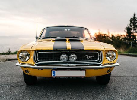 Ein unvergessliches Fahrerlebnis für Ihre Hochzeit: Jerry's Mustang Rental